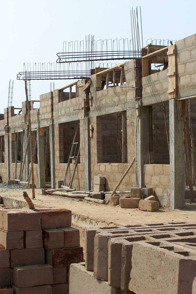 Bau der Werkshallen - 2