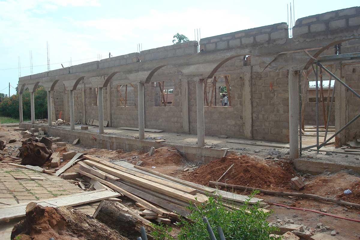 Bau eines Pfarrzentrums 2