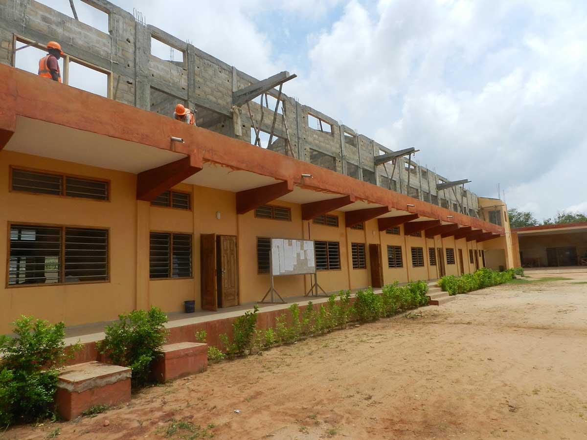 Neubau von Klassenzimmern 2019 - 1